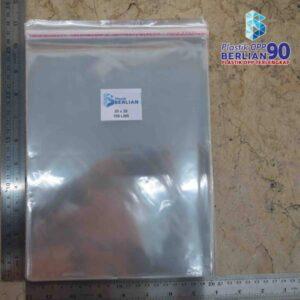 Plastik OPP 20 X 25 CM 18 MIC 100LBR / PLASTIK JILBAB / PLASTIK KAIN / PLASTIK BAJU ANAK
